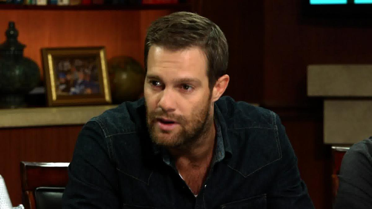 "Geoff Stults on an Accurate Portrayal Of PTSD in ""Enlisted"" Geoff Stults Enlisted"