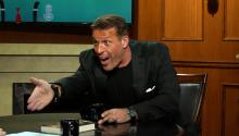 Tony Robbins: Hi - My Name's Ron, Can I Call You Mikhail