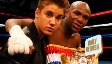 Floyd Mayweather Makes Fight Entrance with…Justin Bieber ??