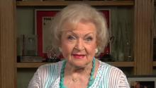 Betty White: Hey Internet Help Larry get on SNL!