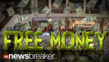 FREE MONEY: Man Throws His Last $1,000 to Crowd Below in Mall of America