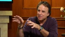 Kevin Nealon: Aaron Rodgers Is Really Like a Kid To Me