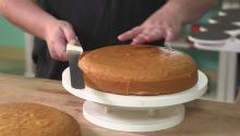 How to Cut a Perfect Cake with Duff Goldman