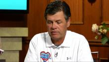 Michael Waltrip: Tony Stewart Wouldnt Hurt a Soul