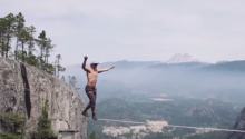 World Record Free Solo Slacklining