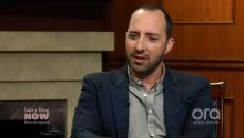 Tony Hale Forgot He'd Worked With Julia Louis-Dreyfus Before 'Veep'