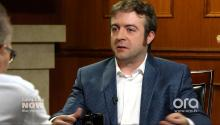 Lies! Derek Waters Calls Foul on Jake Johnson's Drunk History Claims