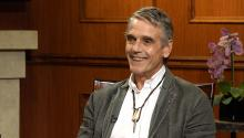 Jeremy Irons on 'The Lion King,' Hillary Clinton, & becoming an EGOT