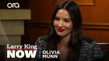 "Olivia Munn explains how she memorized her ""wordy"" scripts for 'The Newsroom'"