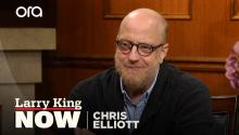 Chris Elliott announces a 6th season of 'Schitt's Creek'