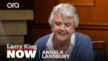 Angela Lansbury recounts fleeing Britain as a child during the war