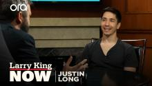 """His message is consistent"": Justin Long on why he supports Bernie Sanders"