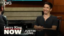 Justin Long on his podcast, being the 'Apple' guy, & pranking Bruce Willis
