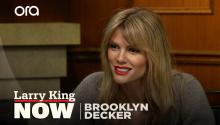 Activism, 'Grace & Frankie', playing Mallory -- Brooklyn Decker answers your social media questions